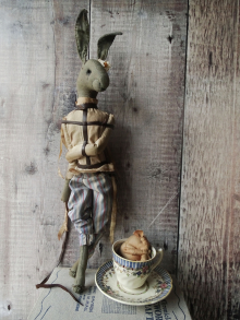 Wonderland March Hare & Dormouse